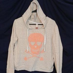 No Boundaries skull graphic hoodie
